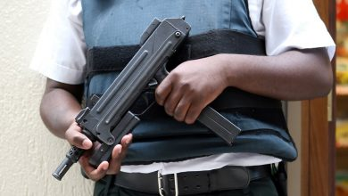 Dyrektorka zorganizowała w szkole symulację ataku terrorystycznego. Nikt o niej wcześniej nie wiedział. Jeden w uczniów wyskoczył przez okno (fot.poglądowe/www.pixabay.com)