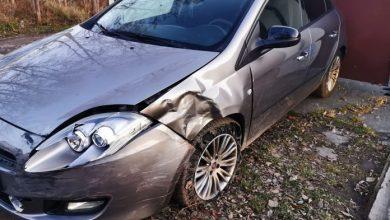 Jaworzno: pijany kierowca uciekał przed policją. Zniszczył pięć samochodów. Fot. Jaw.pl