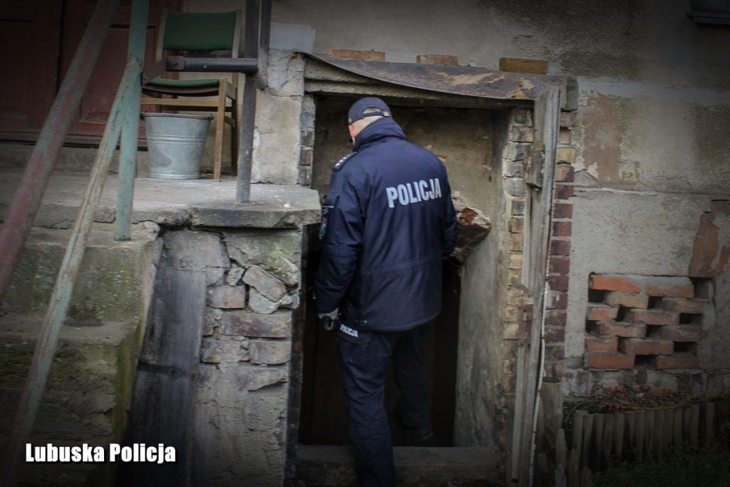 Poćwiartowane ciało 64-latki. Konkubent zabił dla renty [ZDJĘCIA, NOWE FAKTY] (fot.Policja Lubuska)