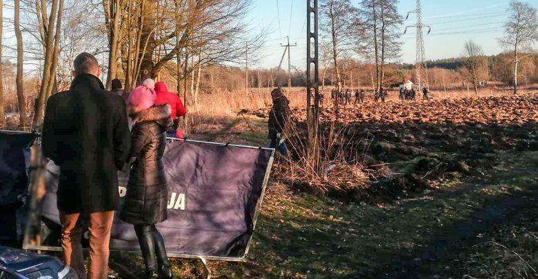 Spalone ciało mężczyzny w parku. Zatrzymano syna 47-latka (fot.KPP Żagań)