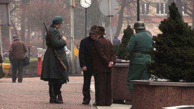 Mysłowice: Swastyki i ludzie z bronią. W mieście kręcą film o Tragedii Górnośląskiej