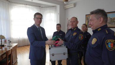 Policja ze Świętochłowic ma walizkę z narkotykami. Fot. Swietochlowice.pl