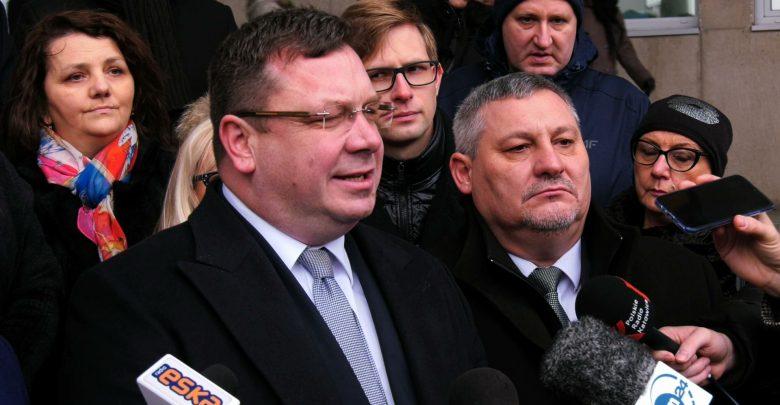 """Katowice: Solidarna Polska robi Dzień Konferencji i broni zapisów """"ustawy kagańcowej"""""""