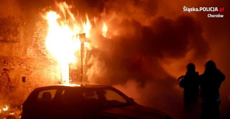 Pożar kiosku w Chorzowie. Zginęła jedna osoba. Fot. Policja Śląska