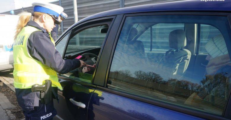 Zaczynają się powroty z ferii. Wzmożone kontrole policji na drogach. Fot. KMP Częstochowa