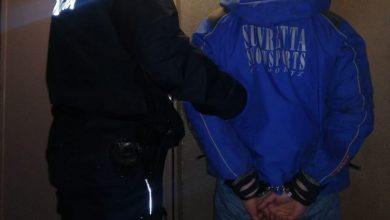 40-latek trafił do łaziskiego komisariatu, gdzie tego samego dnia usłyszał zarzut posiadania środków odurzających
