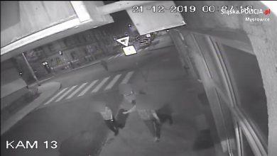Mysłowice: pobili pięć osób, szuka ich policja. Poznajesz ich?