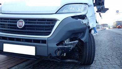 Koszmarny wypadek w Rybniku. Dzisiaj (29.01) rano dostawczy bus potrącił na przejściu dla pieszych 8-letniego chłopca i jego ojca