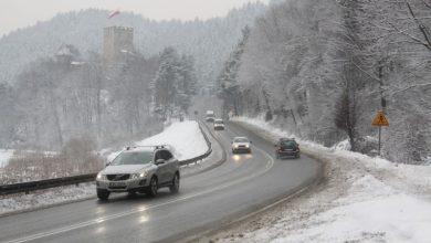 Rozpoczęły się ferie zimowe dla pięciu województw. UWAŻAJCIE! Wzmożony ruch na drogach