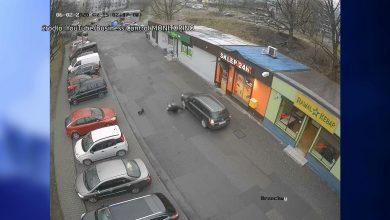 WIDEO SZOKUJE! Kierowca w Rudzie Śląskiej rozjechał pieszego za zwrócenie uwagi!