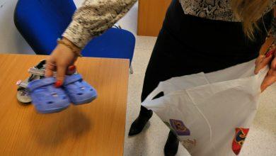 Pełnomocnik ds. osób niepełnosprawnych w Mysłowicach rozpoczęła zbiórkę butów dla dzieci, które w marcu chce zawieźć do wioski Pangani w Kenii