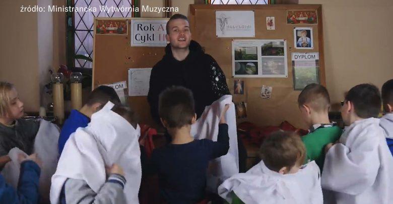 Ministranci z Katowic zrobili cover PRZEKORNY LOS Zenka Martyniuka! Jak wyszło?