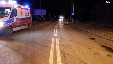 Śląskie: Tragiczny wypadek w Żorach. Nie żyje 30-letni pasażer forda (fot.Śląska Policja)