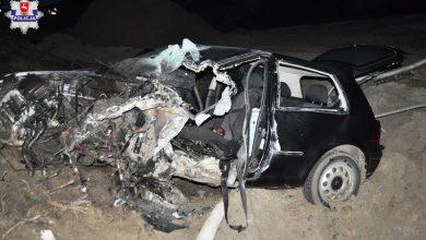 Czołowe zderzenie volkswagena z ciężarówką. Kierowca osobówki zginął na miejscu (fot.Policja Lubelska)
