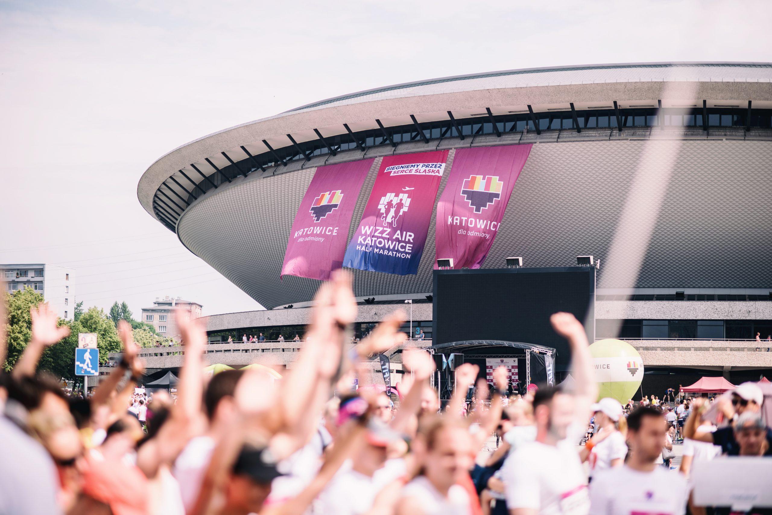 3rd Wizz Air Katowice Half Marathon - ciekawy sposób zwiedzania atrakcji miasta Katowice nocą