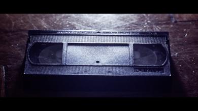 Nowa powieść kryminalna Przemysława Żarskiego niedawno ukazała się w sprzedaży za sprawą wydawnictwa Czwarta Strona. Książkę promuje jeden z pierwszych w Polsce book trailerów, którego twórcą jest Lesław Nowak - właściciel firmy Next Wink zajmującej się produkcją video. [fot. kadr z book trailera]