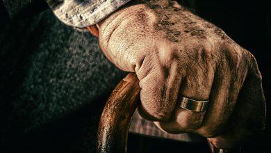 """Śląskie: Na nic apele? 83-letni mieszkaniec Wojkowic Kościelnych stracił 50 tys. złotych. Uwierzył """"policjantowi"""" (fot.poglądowe/www.pixabay.com)"""
