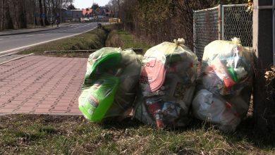 Śląskie: Przez koronawirusa zasypią nas góry śmieci? Bałagan jest coraz większy!