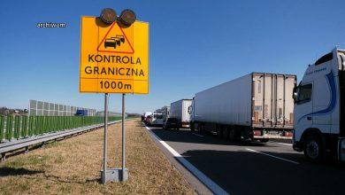 Epidemia koronawirusa: Tragiczna sytuacja na autostradzie A1! Kierowcy koczują, gdzie tylko się da!
