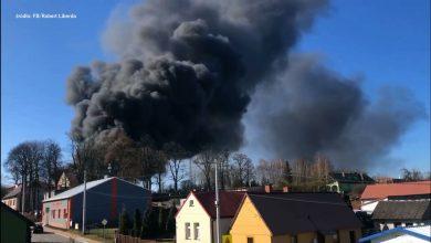 Potężny pożar pod Częstochową! Ogromny ogień i dym widać z daleka!