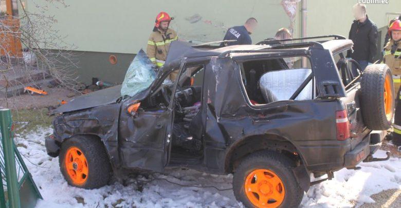 Śląskie: Pod wpływem środków odurzających i z narkotykami walnął autem w dom uciekając przed policją (fot.policja)