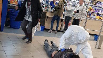 Sosnowiec: Kaszlał na wszystkich i krzyczał, że ma koronawirus! Wyleczyła go policja (fot.KWP Katowice)