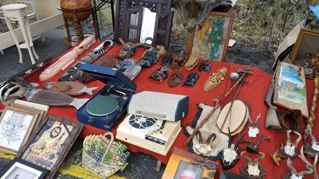 Giełda staroci w Bytomiu: Zobaczcie, jakie skarby można było dzisiaj znaleźć!
