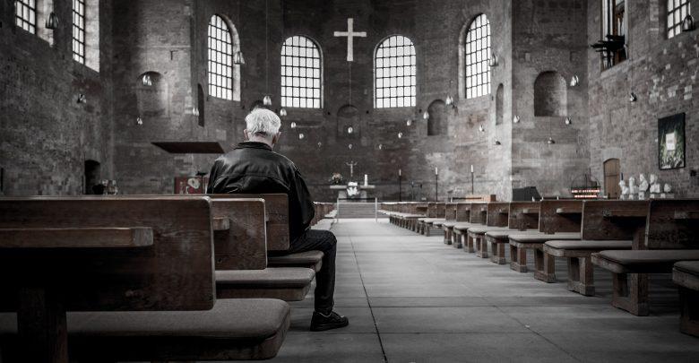 Od 17 maja więcej wiernych w kościołach! Są nowe regulacje! (fot.poglądowe/www.pixabay.com)