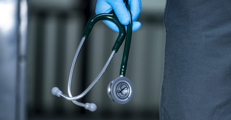 Dodatek otrzymają tylko Ci medycy, którzy do pracy przy pacjentach chorujących na COVID-19 zostali zadysponowani przez wojewodę. [fot. poglądowa / www.pixabay.com]