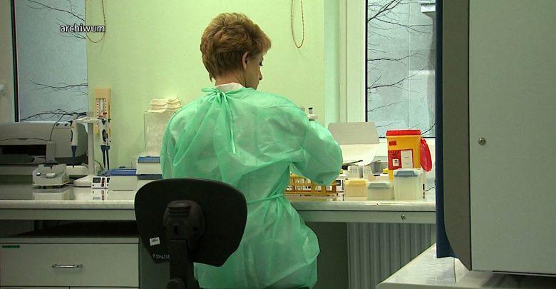 Sosnowiec ma dość czekania. Miasto kupiło własne testy na koronawirusa i uruchamia laboratorium