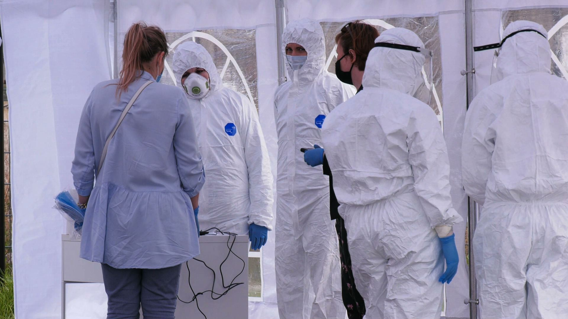 Testy na koronawirusa przy galerii Libero w Katowicach. Wiemy ile kosztuje badanie [WIDEO]