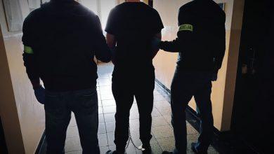 Szok! 23-latek chciał zadźgać nożem kolegę. Uratował go sąsiad. Fot. KMP Piekary Śląskie