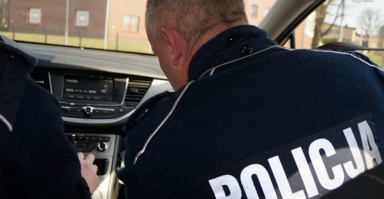 Rybnik: 40-latkę, która chciała zrobić zakupy w czasie dla seniorów obezwładniła policja! (fot.KMP Rybnik)