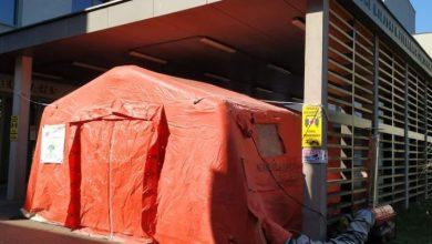 Namioty przez szpitalami w Piekarach Śląskich. Tak będzie wyglądała izolacja pacjentów