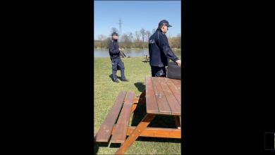 Kontrowersyjna interwencja Policji w Mikołowie przy barze szybkie obsługi. Było naprawdę zabawnie. [fot. YouTube, Bart LE Mans]