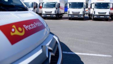 Co z przekazami pieniężnymi i przesyłkami dla osób objętych kwarantanną? (fot.Poczta Polska)