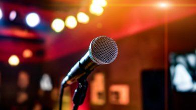 Częstochowa: jutro balkonowe karaoke. Teksty wyświetlą na ekranie. Fot. poglądowe pixabay.com