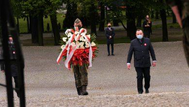 Maski, odstęp i pustki. Skromne obchody 3 Maja w Katowicach