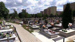 Katowice: To już chyba przesada! Ludzie kradną wodę z cmentarza w Bogucicach!