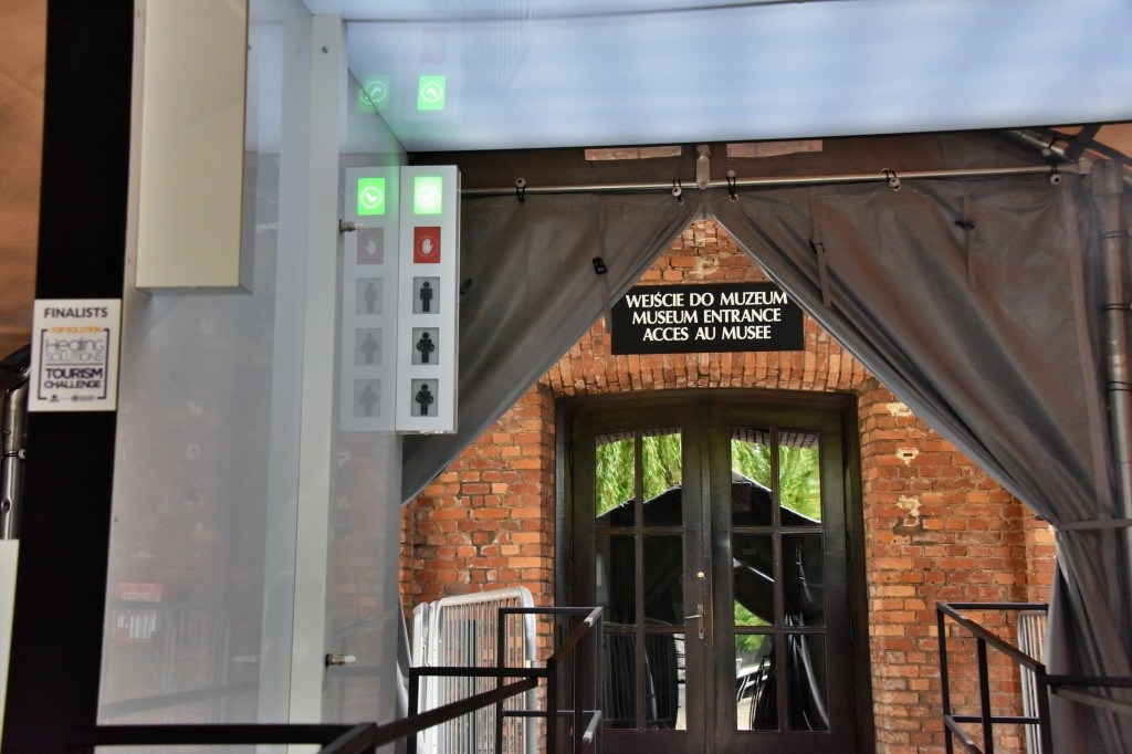 Politechnika Śląska dostarczyła bramę odkażającą do Muzeum Auschwitz [ZDJĘCIA, WIDEO]
