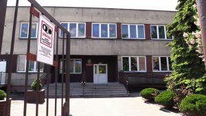 Żłobki i przedszkola pozostają nadal zamknięte. Do tego grona dołączają teraz ośrodki opiekuńczo-wychowawcze, które według planu miały zostać otwarte 25 maja. Taka decyzja zapadła między innymi w Gliwicach.
