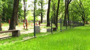 Katowice: Ktoś ukradł ogrodzenie z wybiegu dla psów!