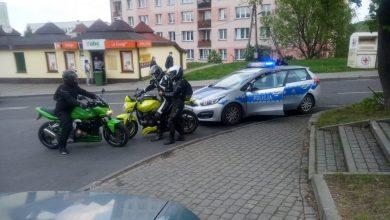 Grupa motocyklistów z Cieszyna zatrzymała kompletnie pijanego kierowcę (fot.KPP Cieszyn)