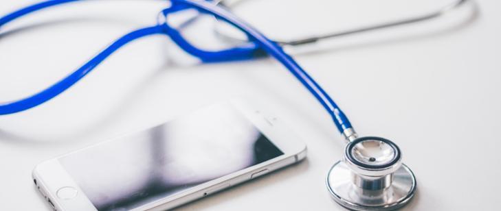 Obowiązek przeprowadzania badań okresowych zawieszony, czyli badania lekarskie i szkolenia BHP w dobie koronawirusa (fot.MRPiPS)