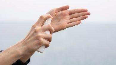 Jak nawilżyć suche dłonie? (fot. unsplash.com)