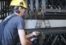 Fabryki w Polsce: Jak wygląda cynkowanie ogniowe?