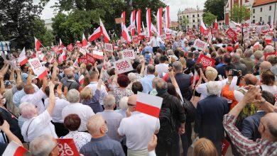 Przepychanki na wiecu Andrzeja Dudy w Lublinie! Poszło o LGBT (fot.Andrzej Duda facebook)