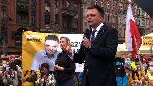 Ostatnia prosta przed niedzielnymi wyborami i ostatnie próby zdobycia głosów. O takie zabiegał dziś Szymon Hołownia, który na rynku w Katowicach spotkał się z mieszkańcami