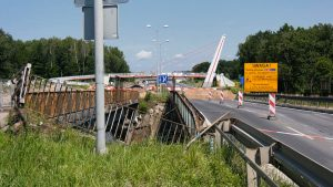 Katowice: Osunięcie ziemi i zamknięty wiadukt na DK 86 skomplikuje życie kierowcom na kilka miesięcy!
