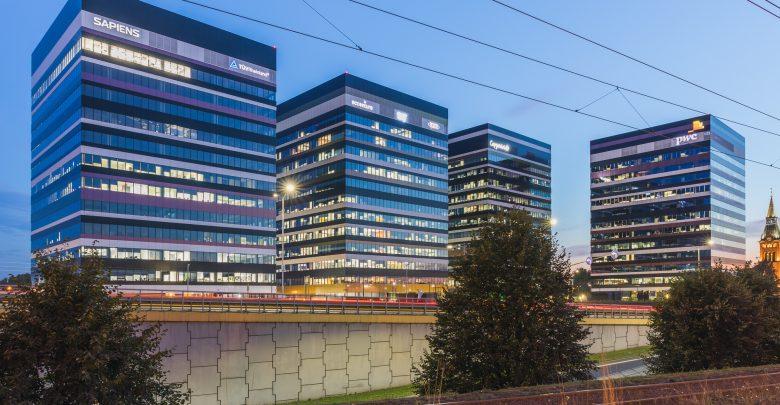 Filipińska grupa ISOC kupiła dwa budynki (A i B) wchodzące w skład Silesia Business Park w Katowicach. Sprzedający to funduszu zarządzany przez NIAM